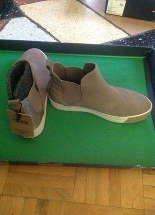 Kaufe meinen Artikel bei #Kleiderkreisel http://www.kleiderkreisel.de/damenschuhe/stiefeletten/137120596-boots-stiefeletten