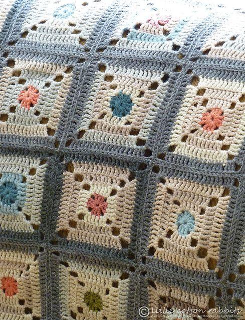 "bunnyknitter's ""Misty Morning in Autumn"" Afghan...beautiful!       ♪ ♪ ... #inspiration_crochet #diy GB http://www.pinterest.com/gigibrazil/boards/"