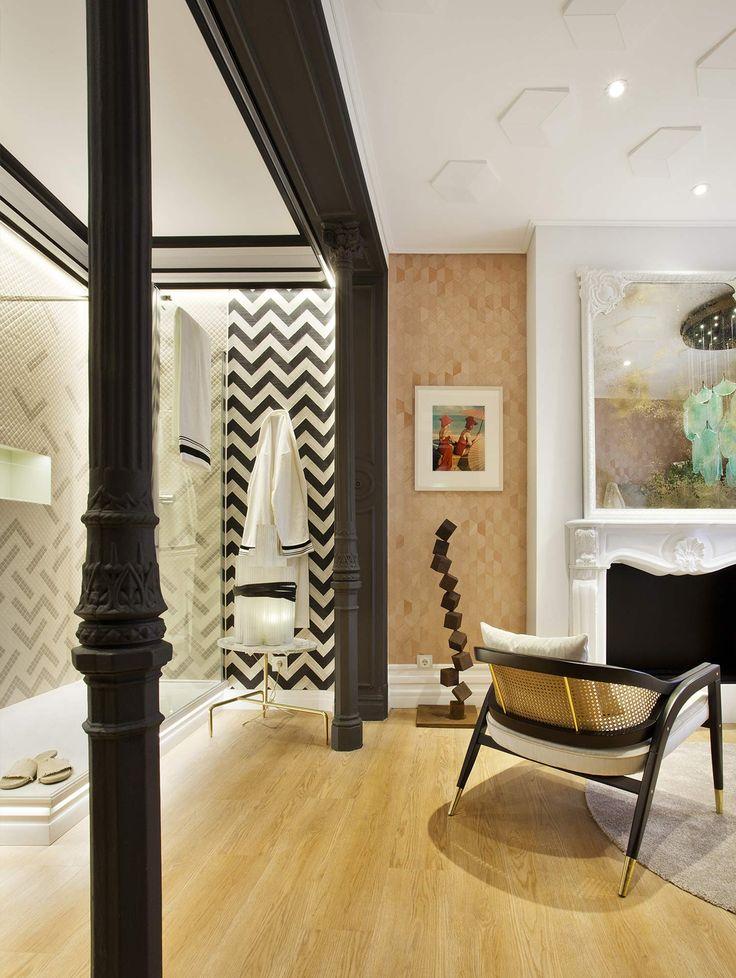 Dos universos inspiran este baño, pensados para disfrutar y relajarse, juntos o por separado. #details #deco #decoracion #bathroom #arquitectura #interiorismo #diseño #design #deco #decor