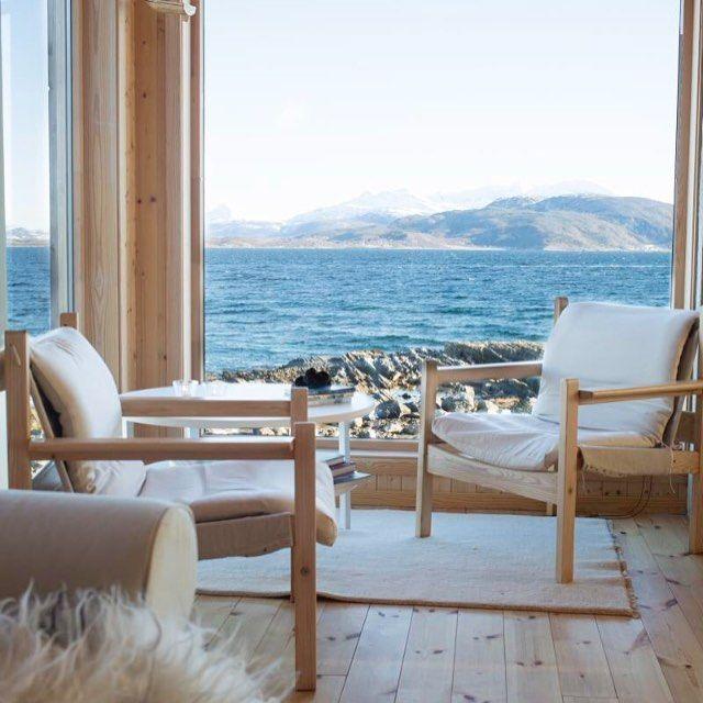 Fra Kjelde i Oftoten, innerst i fjorden ligger Narvik