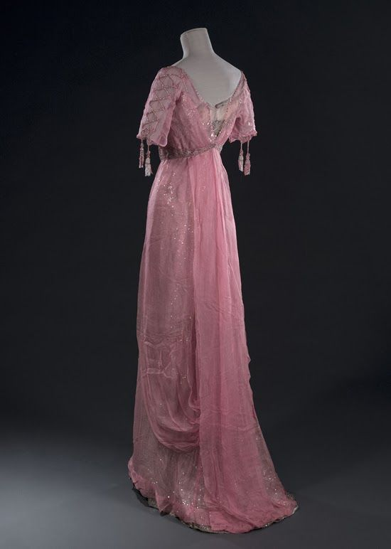 Evening dress, early 20th century. Chiffon pink silk ivory tulle embroidered with sequins, ivory tulle, beading and rhinestones.