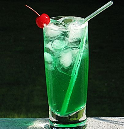 emerald city | 2 oz. Malibu Coconut Rum  1 oz. Midori Melon Liqueur  .5 oz Blue Curacao  1.5 oz. Sweet & Sour Mix  2 oz. 7-Up  Cherry (or any fruit on hand) to garnish        Directions     Combine the Rum, Midori, Curacao, and Sweet & Sour mix, into an ice filled cocktail shaker.  Cover, shake well, and pour into a Collins glass.  Add the 7-Up, give it a good stir, garnish accordingly.