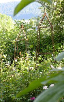Rosenobelisk, Pflanzenstütze, Kletterhilfe