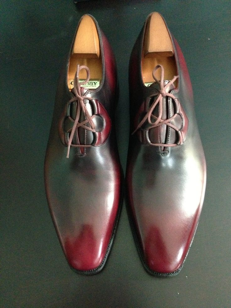 Corthay Pierre:Two toned colors and the smart lacing system. A perfect pair of dress shoe