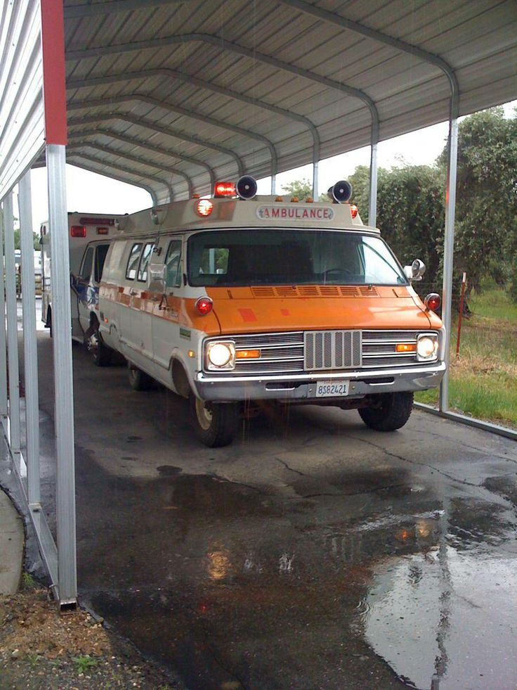 1974 Dodge B300 Superior 61 Ambulance, wide body