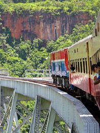 Train Route: Mandalay - Pyin Oo Lwin - Hsipaw - Lashio