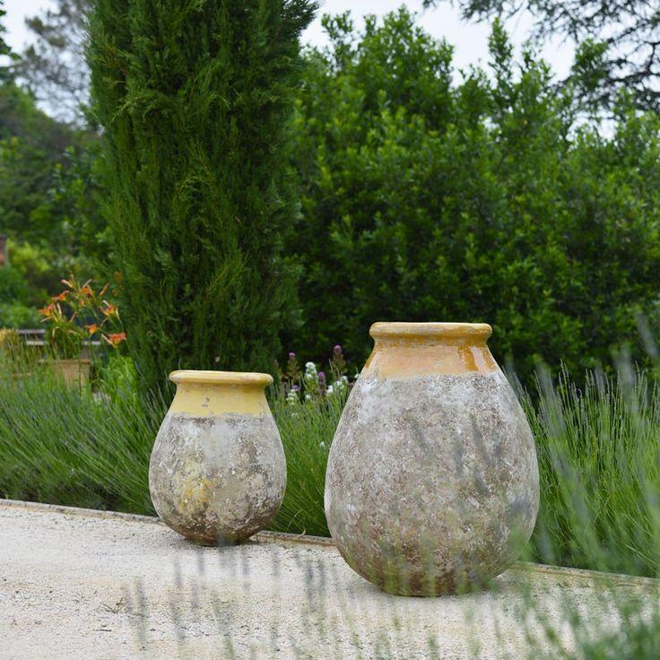 biot col jaune patine provence poterie de la madeleine anduze poterie de la madeleine une. Black Bedroom Furniture Sets. Home Design Ideas