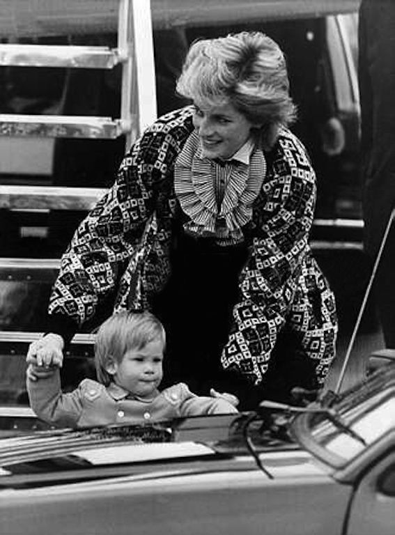 September 13 or 14, 1986: Lady Diana and Harry arriving in London Heathrow Airport.