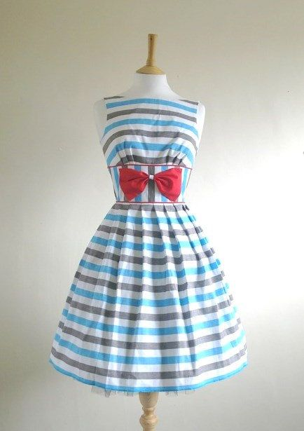 How fun for Spring!  This vintage British resort dress has a fresh nautical feel, which I love.