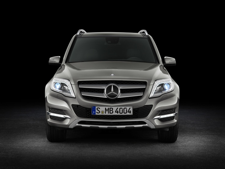 After 10 years glamorous little crossovers are still popular. New  developments are coming, so 2018 Mercedes GLK class will be as attractive  as it always ...
