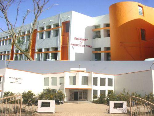 جامعة سوراشترا هي واحدة من الجامعات الكبيرة في ولاية غوجارات في الهند. تأسست هذه الجامعة في 23 مايو 1967 في مدينة راجكوت، المقر الإداري في راجكوت. جامعة سوراشترا هو واحد من الحكومة العراقية وافقت الجامعة في الهند الدورات المتاحة هي كما يلي: 1) الصيدلة (درجة البكالوريوس، درجة الماجستير والدكتوراه) 2) قسم الصحافة، 3) قسم إدارة الأعمال 4) قسم الاقتصاد 5) قسم الفيزياء 6) قسم الكيمياء 7) قسم القانون والعديد من الإدارات الأخرى. اتصل بنا على info@studyinindia.io أو info@kkconsultant.com أو زيارتنا…