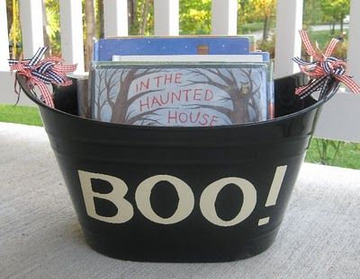 cool for home or school...Halloween book tub!  I am so doing this!  31 books for Halloween and you read one per day! (make other tubs for other holidays)   - LOVE!