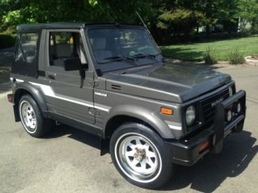 1987 Suzuki Samurai 4x4 - A Must See - 100 % Rust Free California Vehicle, image 1