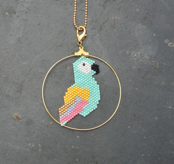 Collier sautoir perroquet perles Miyuki : Collier par perlette-et-plumette