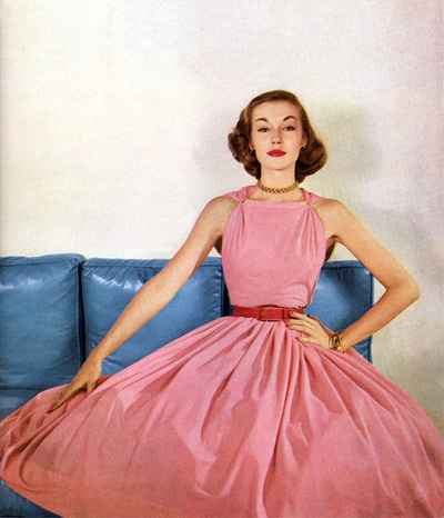 pretty in pink 1952: 1950S Dresses, Vintage Fashion, 1952 Vintage Style, 1950 S, Models Liz, Mccardell 1952, Vintage Vogue, 1950S Fashion, Pink 1952