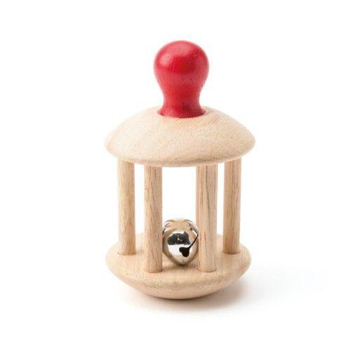 Ce hochet grelot Montessori est à présenter à l'enfant avant de lui donner. Puis, il l'attrape, le manipule et le fait retentir. Cette activité lui permet d'explorer son sens auditif et de développer coordination motrice et concentration.