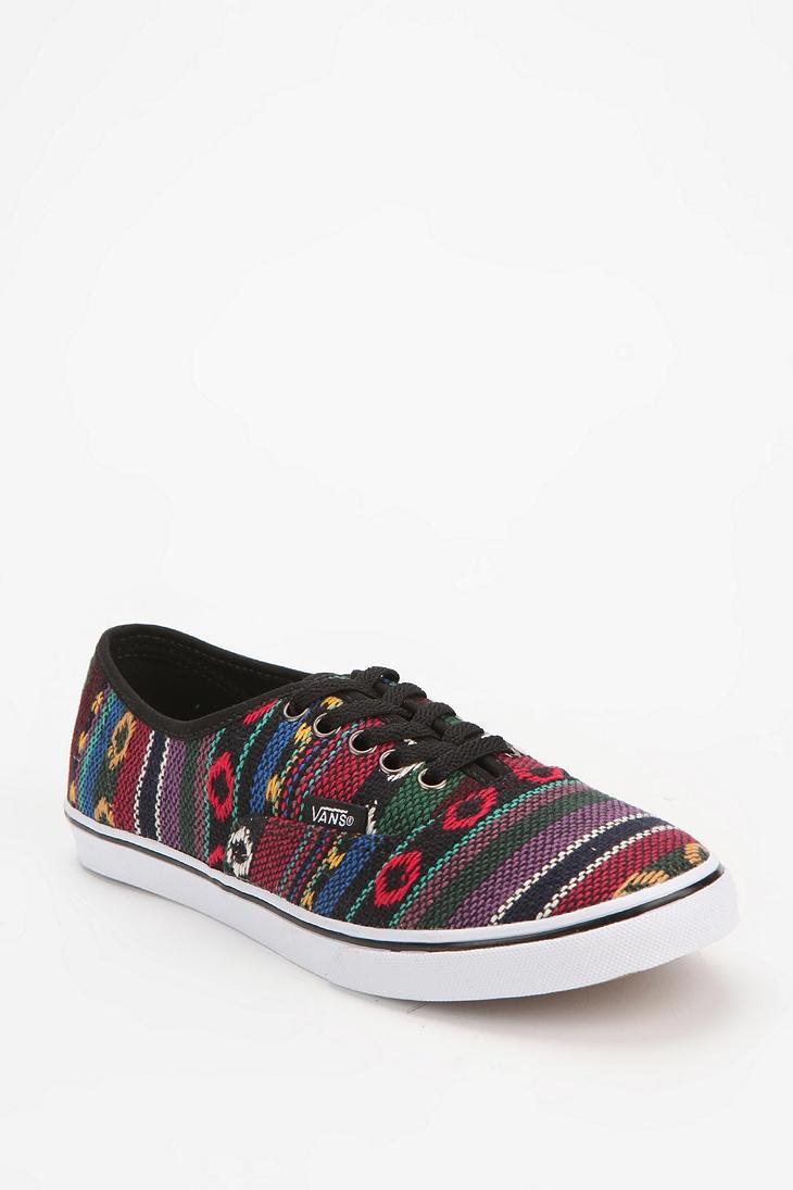 Vans Geo Canvas Authentic Low Pro Sneaker