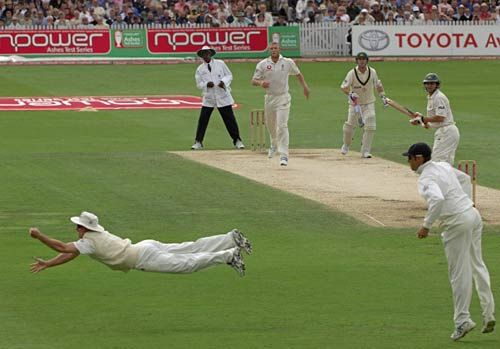 Strauss from Ashes 2005 wat a catch