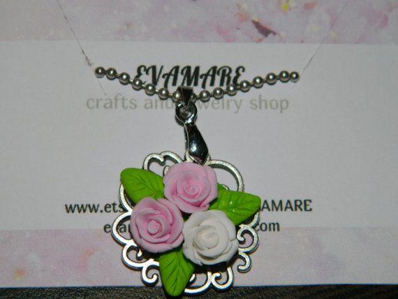 Кулон Нежный букет из свежих роз  Кулон с розами из от EVAMARE