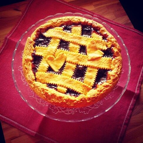 Cherries jam tart - crostata con marmellata do ciliegie