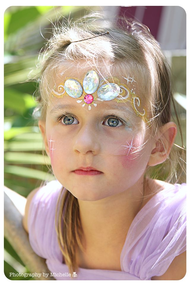 Rapunzel crown face paint