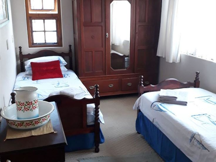 La Provence Accommodation - La Provence offers accommodation in a charming self-catering unit.  The unit can accommodate up to four people with two bedrooms, and also has a private entrance. The main bedroom consists of one double ... #weekendgetaways #bloemfontein #motheo #southafrica