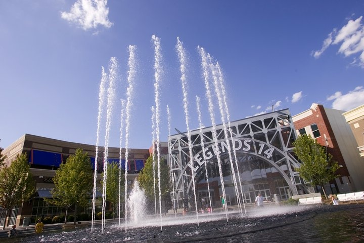 The fountains at Legends Outlets Kansas City, KS