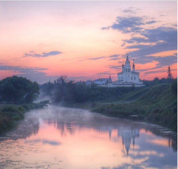 What Country Living Looks Like in Russia: An Ode To Shabby Splendor  - CountryLiving.com