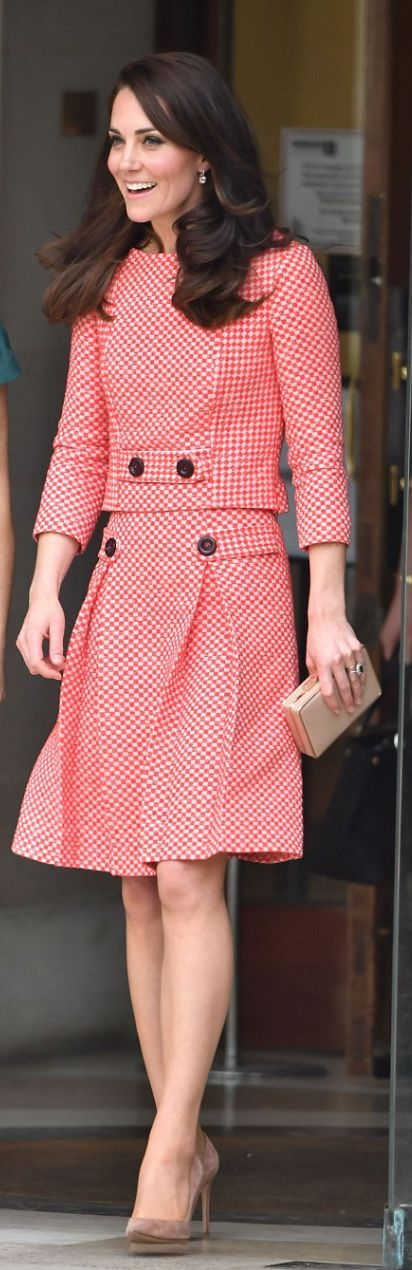 Kate Middleton in Jacket and skirt – Eponine London  Purse – LK Bennett  Shoes – Gianvito Rossi  Earrings – Kiki McDonough
