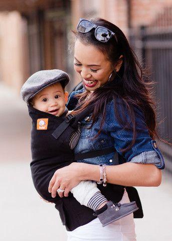 Tula Urbanista Toddler er en klassisk smuk helt sort bæresele - Den lille sorte