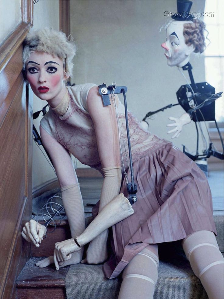 tim walker: Puppets, Audrey Marnay, Mechanical Dolls, Italian Vogue, Halloween Costumes, October 2011, Tim Walker, Fashion Photography, Dolls Faces