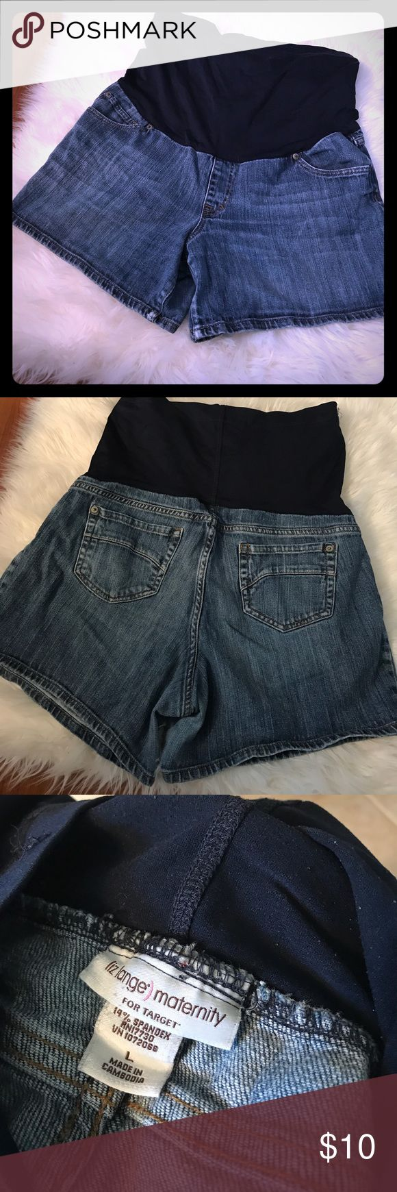 Large Jean Maternity Shorts EUC. Wide belly band. Super comfy. No rips or stains. Smoke free home. Liz Lange for Target Shorts Jean Shorts
