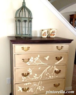 REVIVAL MONDAY Beautiful Painted Chester drawers