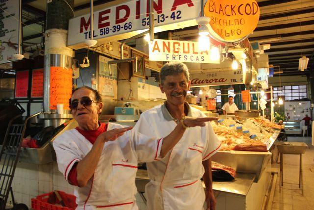 Gente Bonita, Mercado San Juan, México DF. by Daniela Constantini. Gente Bonita es el comienzo de una serie de entrevistas y reportajes que documentan distintos trabajos en México.