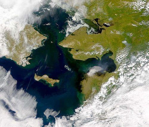 détroit de Béring large de 80 km, comment  a-t-il pu affecter le climat de la planète entière ? Des chercheurs américains viennent de montrer qu'il agissait comme un robinet qui aurait contrôlé...