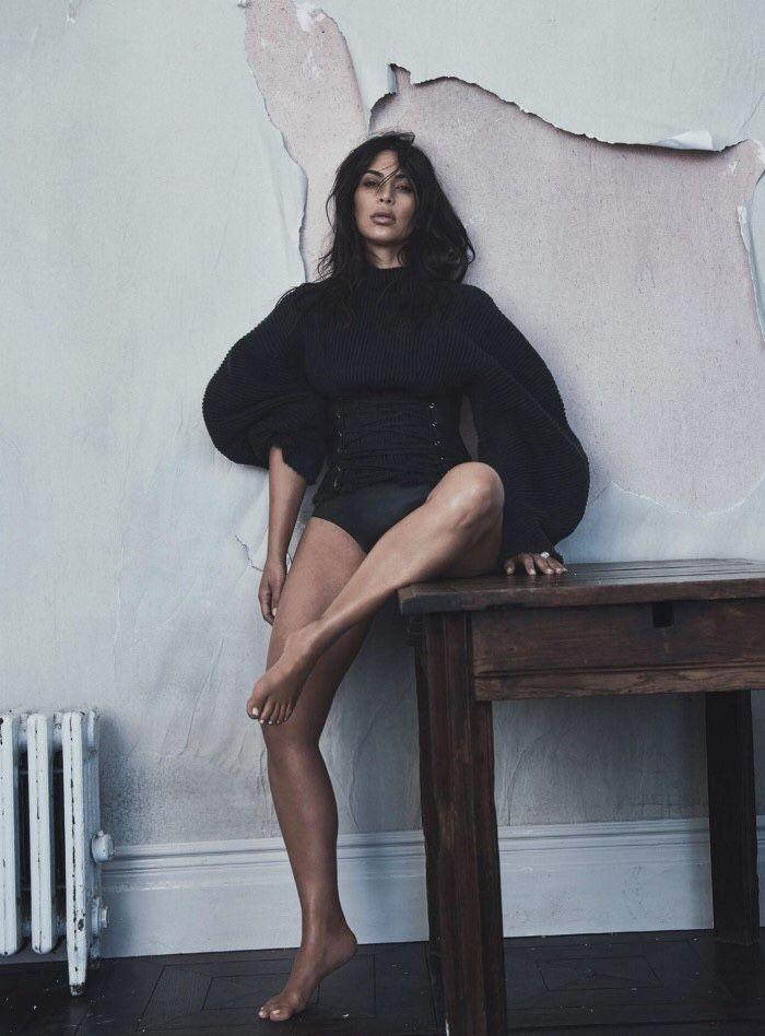Flawless Kim Kardashian. #kimkardashian #fabfashionfix