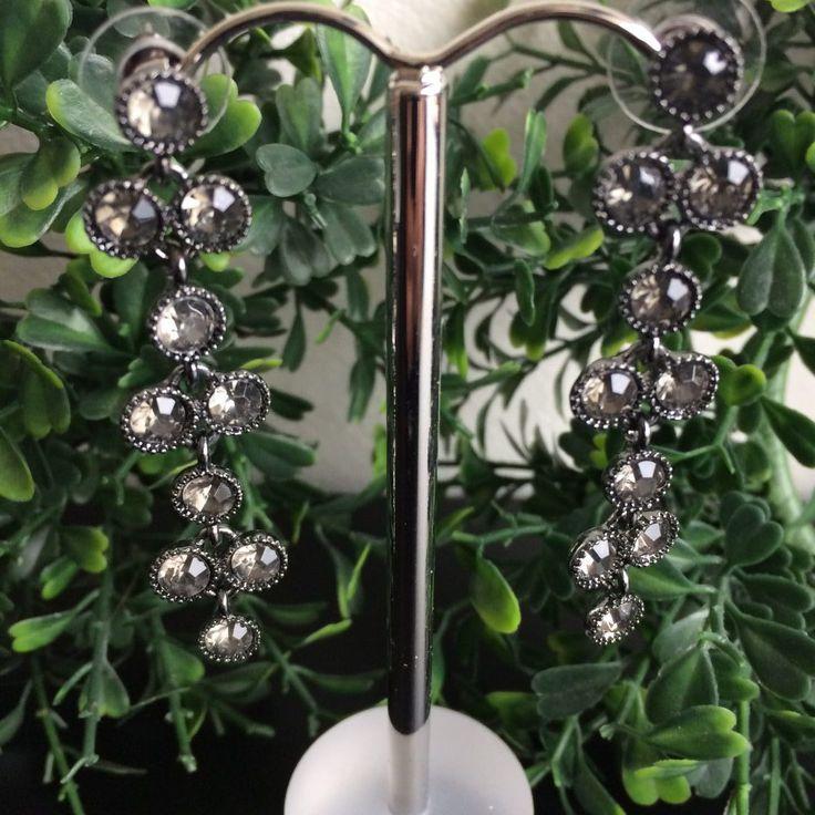 antiek zilverkleurige lange oorbellen met strass steentjes - 6 cm lang - 10 grijze strass steentjes - Valentijnsdag cadeautje - 4leafs4joy - lovely