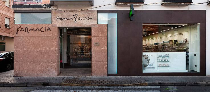 Farmacia-diseño-Pharmacy-design-quesada-ciudad-real #farmacia de diseño #design pharmacy