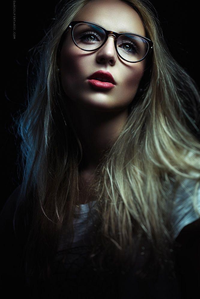 Anna Vialon by Daniel Pintaric on 500px