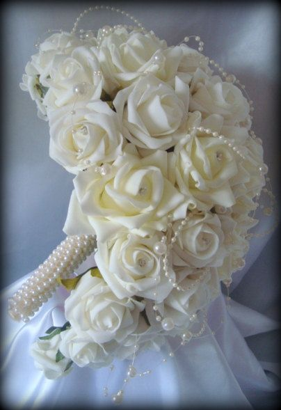 Wedding Flowers Brides Beautiful elegant Teardrop bouquet of roses with Diamante's and pearls with a pearl entwined handle