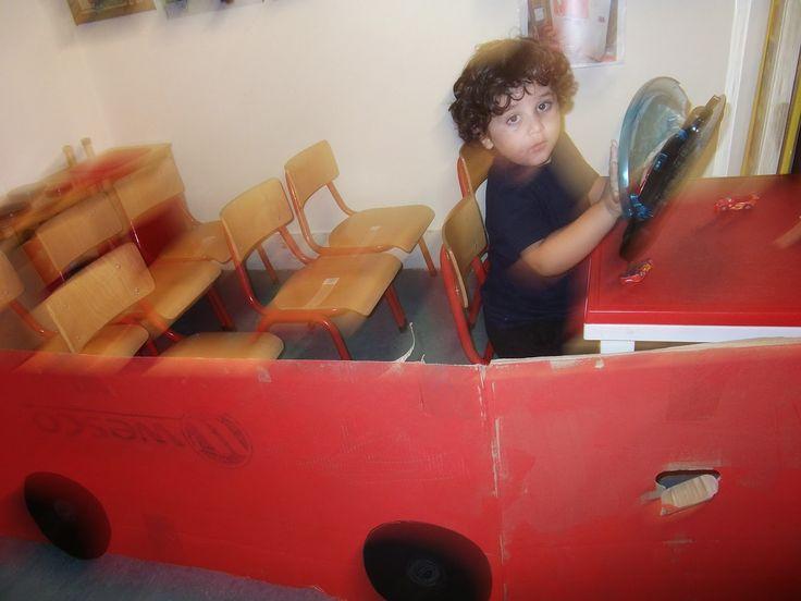 Thema verkeer: De grote rode bus