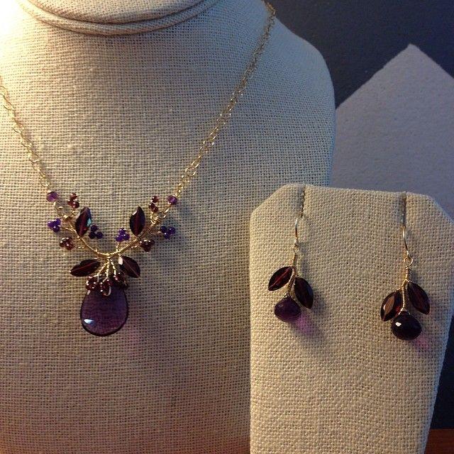 Garnet and Amethyst necklace set by Rhoda J #hawaii #rhodaj #bridaljewelry #necklace #earrings #garnet #madeinhawaii