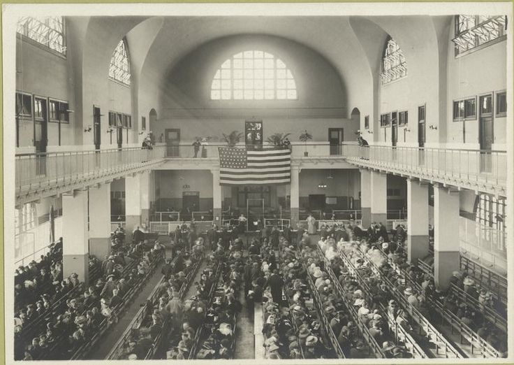 Immigrants seated on long benches, Main Hall, U.S. Immigration Station.(ca. 1907-1912)Long Benches, Genealogy, American History, Immigration Stations, American Immigration, De Ellie, Immigration Seats, Maine Hall, Ellie Islands