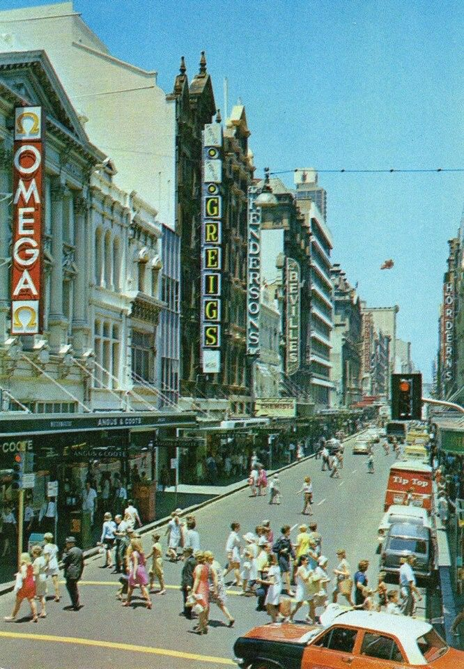 Pitt St looking from King St towards Market Dt 1970s
