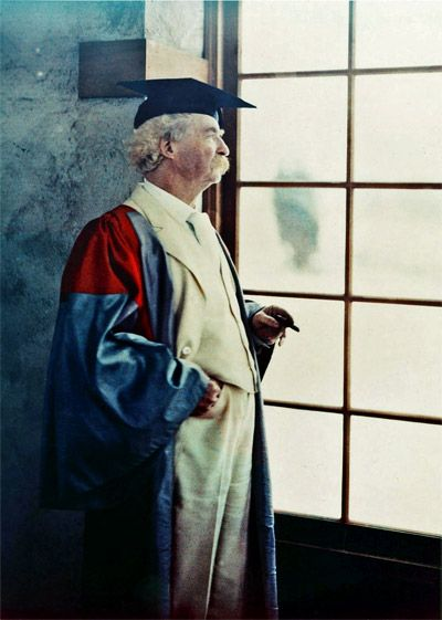 Mark Twain (Samuel Clemens) photographed in Autochrome on December 21, 1908 by Alvin Langdon Coburn.