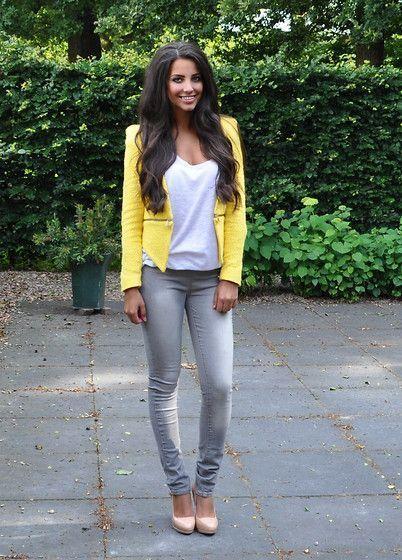 Comment porter une veste blazer jaune