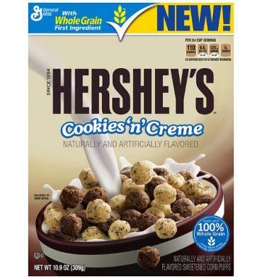 Les céréales Hershey's Cookies 'n' Creme de General Mills sont de délicieux morceaux de maïs soufflés parfumés au chocolat et au chocolat bl...