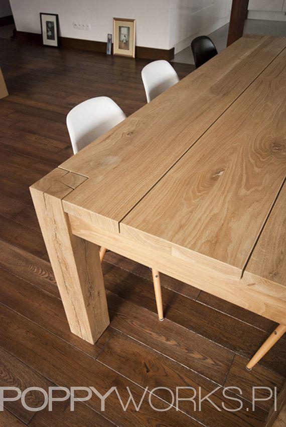 Mesa de comedor de roble maciza. Hecho a mano. por Poppyworkspl