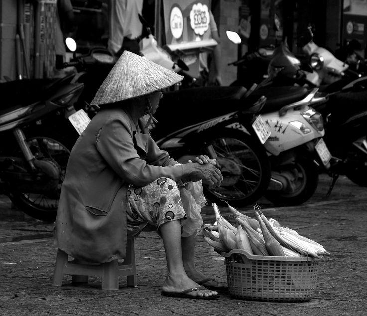 https://flic.kr/p/Vqf1wq | streets of saigon