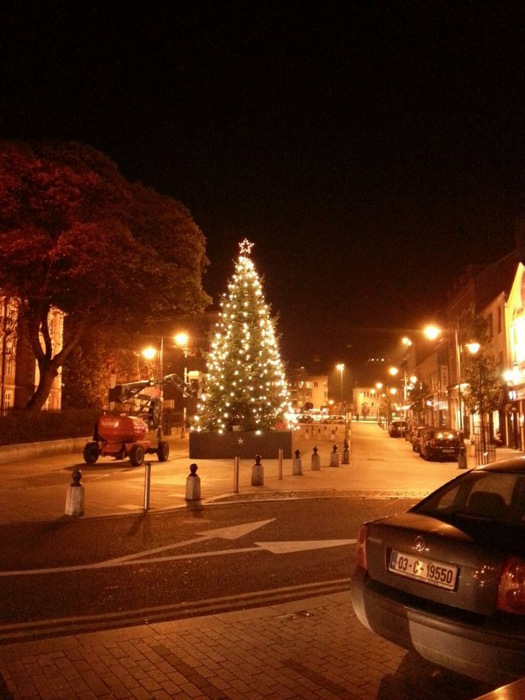 Christmas lights in Cork before the official switch on. Tweeted by @james_mc_f